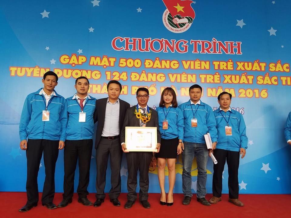 Đoàn trường ĐHSP Hà Nội 2 tham dự chương trình